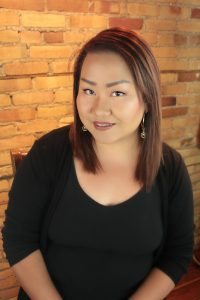 Salon Mode Staff Member